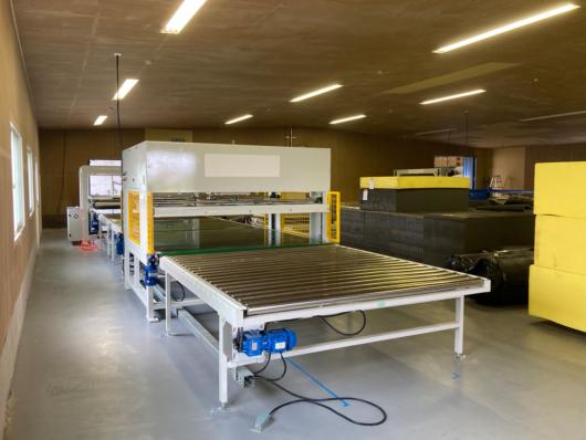 必要なものを作るため、その製造に必要な機材から用意しております。
